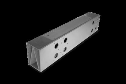 Saint Gobain Specialty Ceramics 的产品使客户能够解决热和化学加工、工业计量、温度传感、钎焊、机械密封、半导体加工、喷砂和可再生能源发电应用中的难题。 Specialty Ceramics 的产品组合包括十多种产品,以知名品牌销售:Hexoloy® 材料、Norbide® 喷嘴、Noralide® 材料、Silit® 材料、Advancer® 耐火部件、Alundum® 材料、Magnorite®