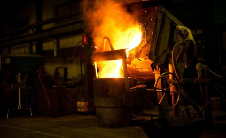 铸造、耐火材料、熔炼、钢铁铸造、铁铸造、铝铸造、有色金属、熔炉