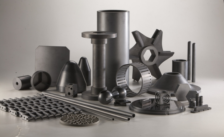 Saint Gobain Specialty Ceramics 的产品使客户能够解决热和化学加工、工业计量、温度传感、钎焊、机械密封、半导体加工、喷砂和可再生能源发电应用中的难题。